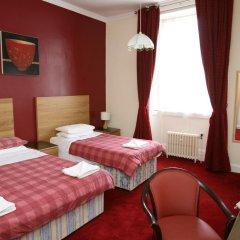 Clifton Hotel 3* Стандартный номер фото 18