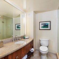 Отель Hilton San Diego Bayfront 4* Стандартный номер с различными типами кроватей
