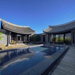 Отель Banyan Tree Lijiang 5* Вилла разные типы кроватей фото 20