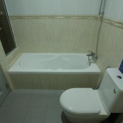 Отель Surfview Raalhugandu Мальдивы, Мале - отзывы, цены и фото номеров - забронировать отель Surfview Raalhugandu онлайн ванная фото 2