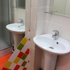 Гостиница Хостел HD Hostel Ижевск в Ижевске 13 отзывов об отеле, цены и фото номеров - забронировать гостиницу Хостел HD Hostel Ижевск онлайн ванная фото 3
