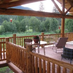 Отель Bobtail Lodge B&B балкон
