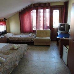 Отель Guest House Bakish Obzor Болгария, Аврен - отзывы, цены и фото номеров - забронировать отель Guest House Bakish Obzor онлайн комната для гостей фото 2