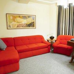 Iris Hotel 2* Люкс с различными типами кроватей фото 2