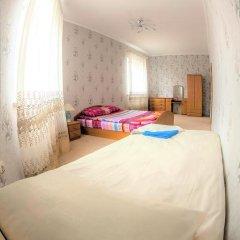 Хостел in Like Стандартный семейный номер с двуспальной кроватью фото 4