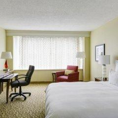 Отель Crystal City Marriott at Reagan National Airport 3* Стандартный номер с различными типами кроватей фото 4