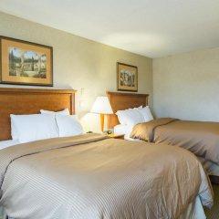 Отель Clarion Inn and Summit Center 2* Стандартный номер с различными типами кроватей фото 2