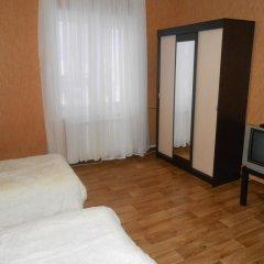 Hostel Skazka In Tolmachevo комната для гостей фото 2
