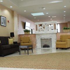 Отель Sleep Inn & Suites And Conference Center интерьер отеля фото 3