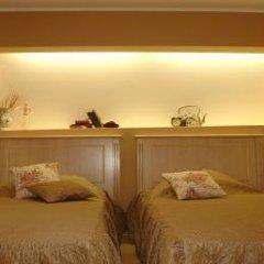 Отель Hi 3* Стандартный номер с двуспальной кроватью фото 11