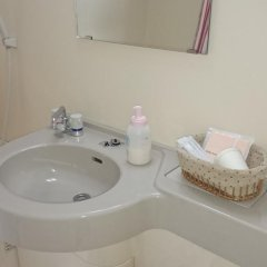 Отель Minshuku Shizu Центр Окинавы ванная