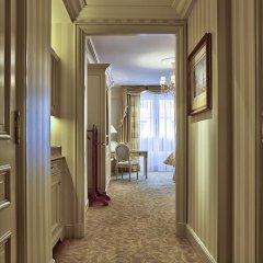 Отель Four Seasons George V Paris фото 10