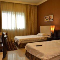 Crystal Plaza Hotel 2* Стандартный номер с различными типами кроватей
