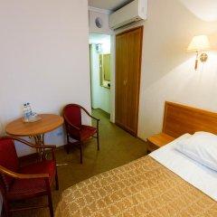 Гостиница Аструс - Центральный Дом Туриста, Москва 4* Стандартный номер с двуспальной кроватью фото 2