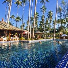 Отель Lipa Bay Resort бассейн фото 3