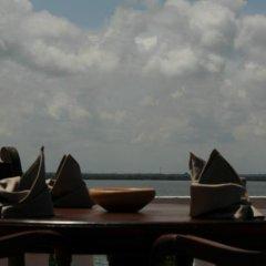 Hotel Lagoon Paradise пляж