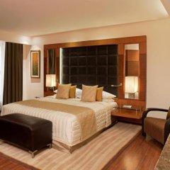 Отель Radisson Blu Plaza Delhi Airport 5* Улучшенный номер с различными типами кроватей фото 2