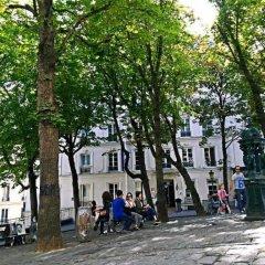 Отель Studios Paris Bed & Breakfast Le Jardin de Montmartre Париж городской автобус
