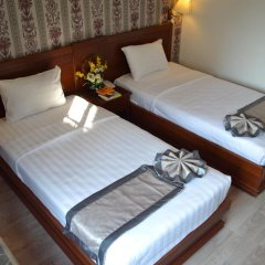 Отель COMMON INN Ben Thanh 2* Улучшенный номер с 2 отдельными кроватями фото 4