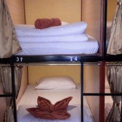 2W Beach Hostel Кровать в общем номере фото 3