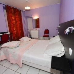 Hotel De La Poste Стандартный номер с двуспальной кроватью (общая ванная комната) фото 3