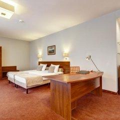 Metropol Hotel 3* Стандартный семейный номер с двуспальной кроватью фото 2