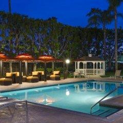 Отель DoubleTree by Hilton Carson 3* Стандартный номер с различными типами кроватей фото 9