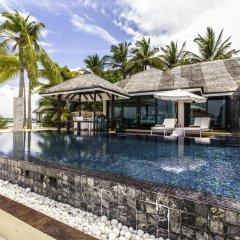 Отель Kihaa Maldives Island Resort 5* Люкс разные типы кроватей