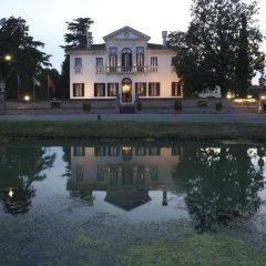 Отель Villa Franceschi Италия, Мира - отзывы, цены и фото номеров - забронировать отель Villa Franceschi онлайн приотельная территория