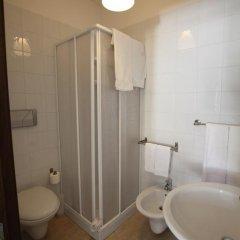 Отель Crispi 10 Италия, Флорида - отзывы, цены и фото номеров - забронировать отель Crispi 10 онлайн ванная
