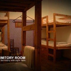 Baroque Hostel Кровать в общем номере с двухъярусной кроватью фото 2