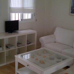 Отель Apartamentos Mirabal Испания, Херес-де-ла-Фронтера - отзывы, цены и фото номеров - забронировать отель Apartamentos Mirabal онлайн комната для гостей фото 5
