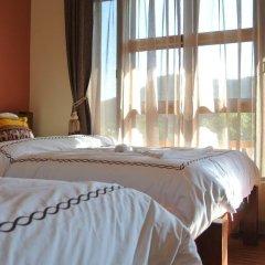 Отель Hong Yuan Hotel Непал, Покхара - отзывы, цены и фото номеров - забронировать отель Hong Yuan Hotel онлайн сейф в номере