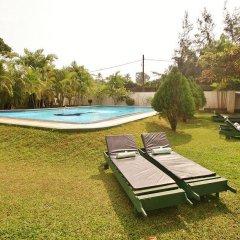 Отель Sagarika Beach Hotel Шри-Ланка, Берувела - отзывы, цены и фото номеров - забронировать отель Sagarika Beach Hotel онлайн бассейн