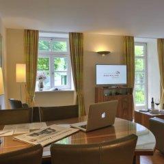 Apartments & Hotel Maximilian Munich интерьер отеля фото 2