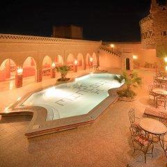 Отель Riad Mamouche Марокко, Мерзуга - отзывы, цены и фото номеров - забронировать отель Riad Mamouche онлайн бассейн фото 2