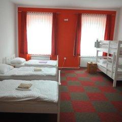 Hostel Sara Кровать в общем номере с двухъярусной кроватью фото 2