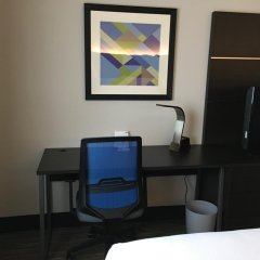 Holiday Inn Express Hotel & Suites Ex I-71/Oh State Fair/Expo Ctr 3* Стандартный номер фото 3