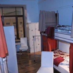 Seasons Hostel Кровать в общем номере двухъярусные кровати фото 6
