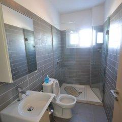Отель Harmony Hillside Views Кипр, Протарас - отзывы, цены и фото номеров - забронировать отель Harmony Hillside Views онлайн ванная