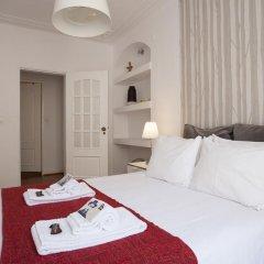 Отель Travel and Tales Príncipe Real Apartments Португалия, Лиссабон - отзывы, цены и фото номеров - забронировать отель Travel and Tales Príncipe Real Apartments онлайн комната для гостей фото 5