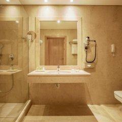 Отель NH Lisboa Campo Grande Стандартный номер с различными типами кроватей фото 3
