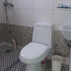 Отель Daegwalnyeong Beauty House Pension Южная Корея, Пхёнчан - отзывы, цены и фото номеров - забронировать отель Daegwalnyeong Beauty House Pension онлайн ванная фото 2
