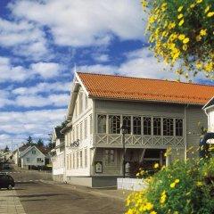 Отель Lillesand Hotel Norge Норвегия, Лилльсанд - отзывы, цены и фото номеров - забронировать отель Lillesand Hotel Norge онлайн парковка