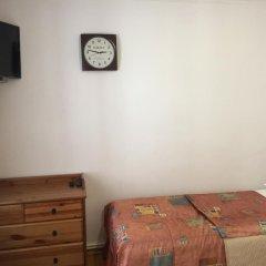 Гостиница Каприз комната для гостей фото 2