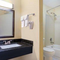 Отель Days Inn by Wyndham Knoxville East 3* Стандартный номер с различными типами кроватей фото 4