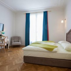 Hotel Pension Museum 3* Стандартный номер с двуспальной кроватью фото 9