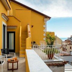 Отель Amalfi Luxury House 2* Люкс с различными типами кроватей фото 16