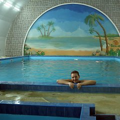 Гостиница Фиеста Парк в Красноармейске отзывы, цены и фото номеров - забронировать гостиницу Фиеста Парк онлайн Красноармейск бассейн