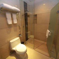 Отель King Garden Hotel Китай, Гуанчжоу - отзывы, цены и фото номеров - забронировать отель King Garden Hotel онлайн ванная фото 2